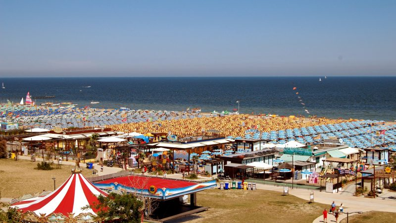 Parties in Rimini on the beach